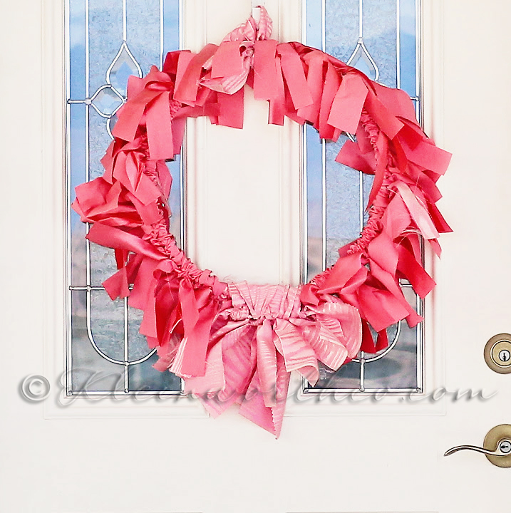 Simple 30 Minute Tie-Tab Wreath