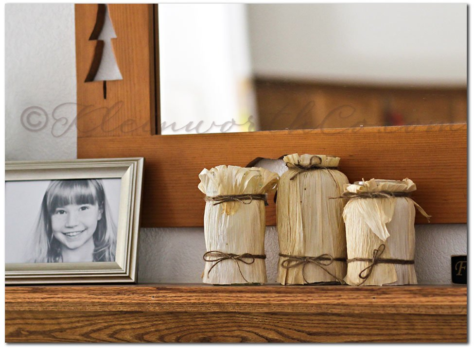 Corn Husk Luminaries {DIY}
