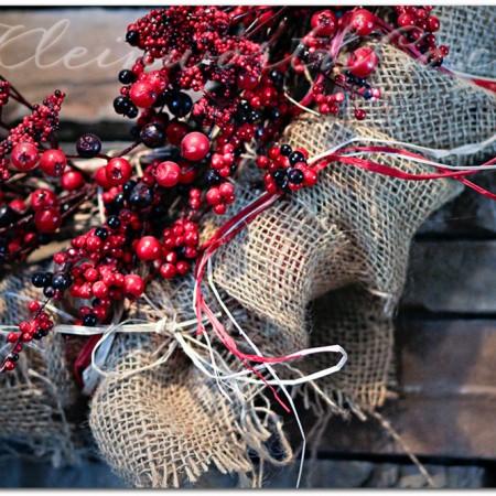 Rustic Winter Mantle {DIY}