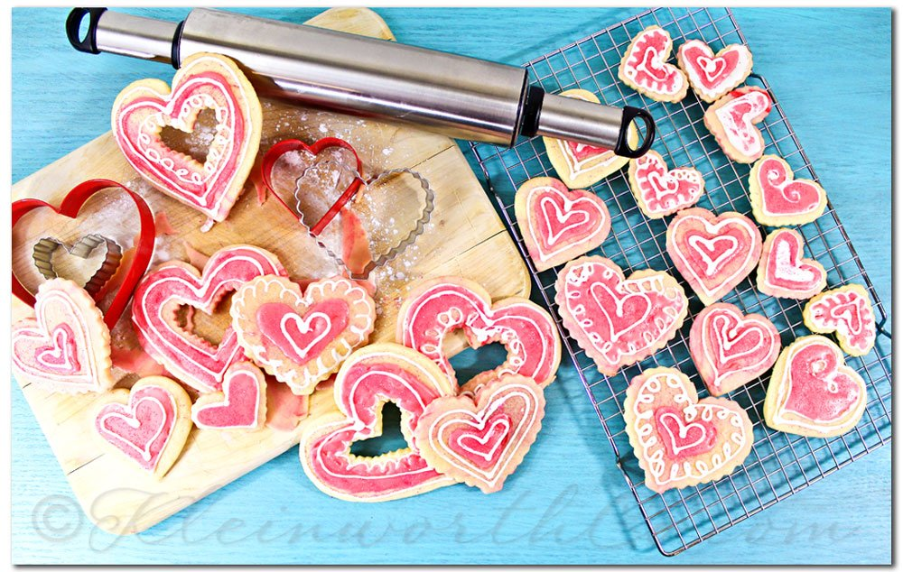 Whimsical Marbled Valentine Cookies