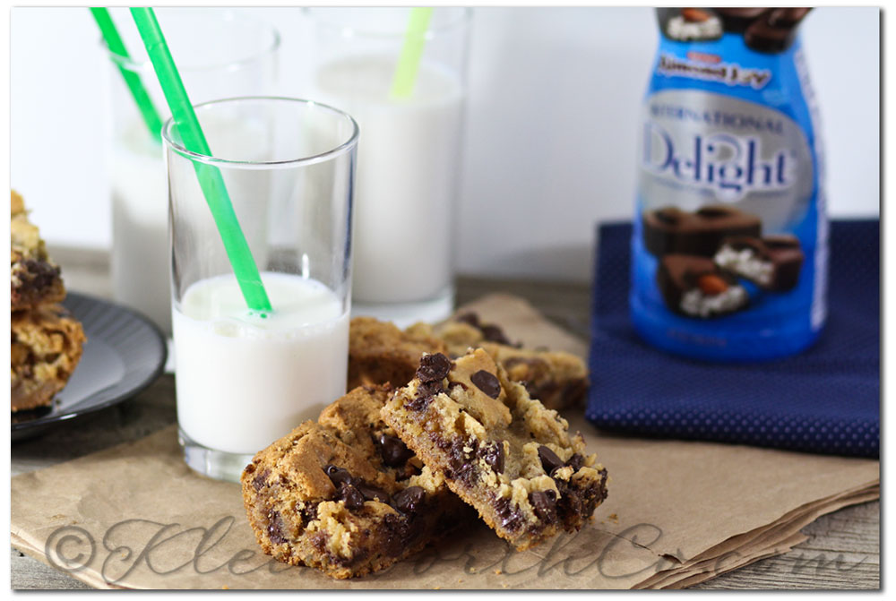 Almond Joy Cream Delight Bars