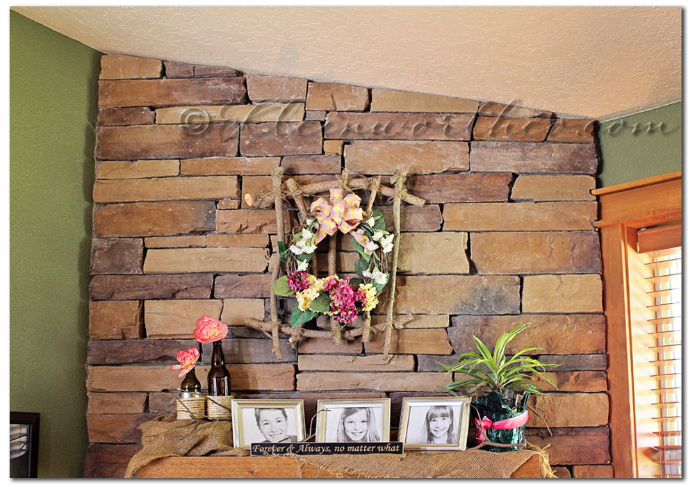 Rustic Summer Wreath at kleinworthco.com