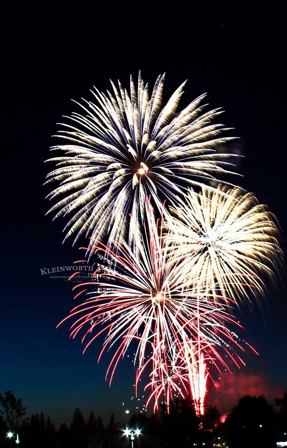 Holiday Tips - How to Photograph Fireworks
