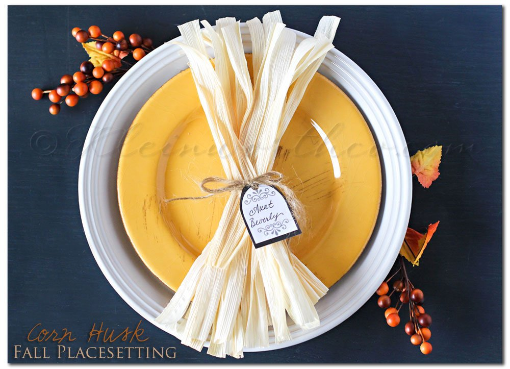 corn husk fall placesetting, free printable, printable place card tags