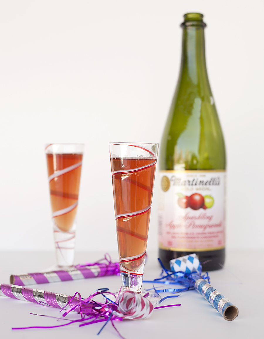 Sparkling New Year S Eve Nails Tutorial: Sparkling Cider New Year's Eve Mocktails