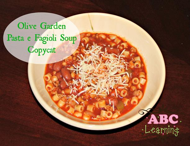 Olive-Garden-Pasta-e-Fagioli-Soup-Copycat