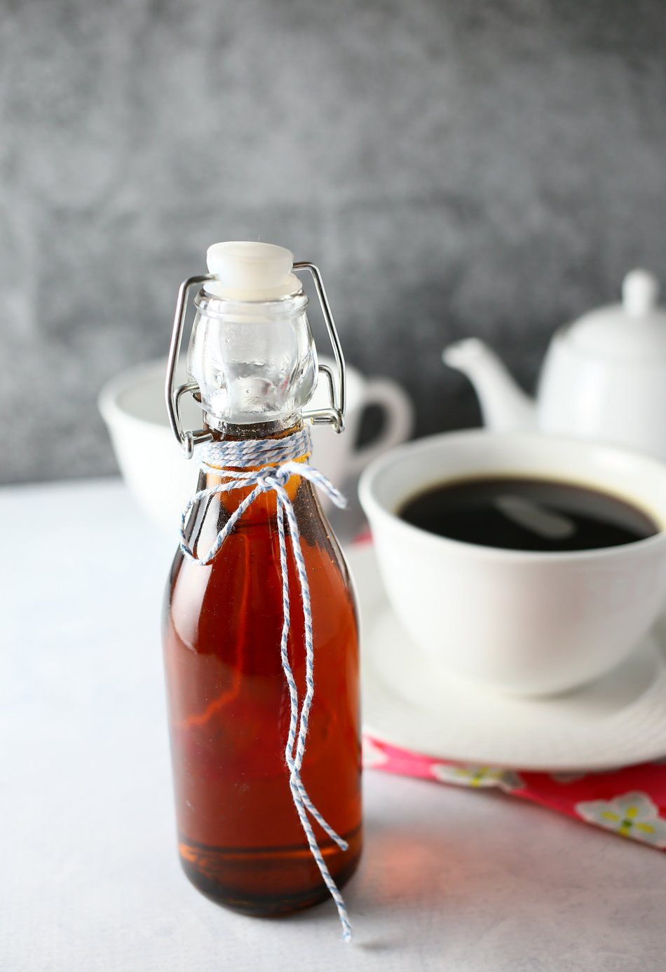 Homemade Vanilla Coffee Syrup - Kleinworth & Co