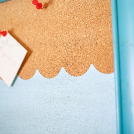 Beachy Painted Corkboard