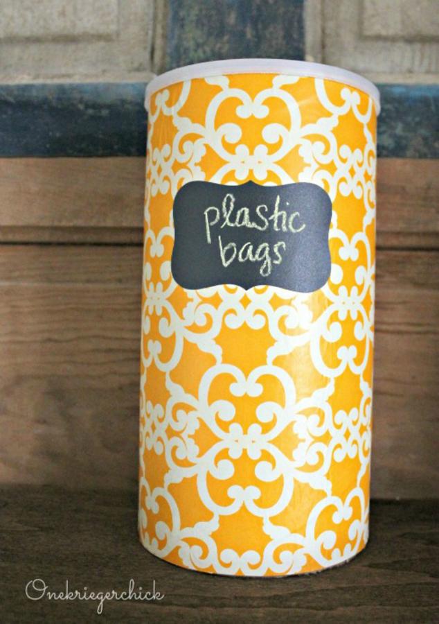 DIY-plastic-bag-storage-container-Onekriegerchick.com_