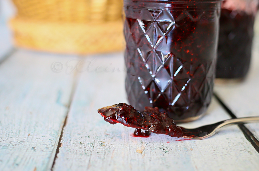 Huckleberry Jam {Ready in 10 Minutes}