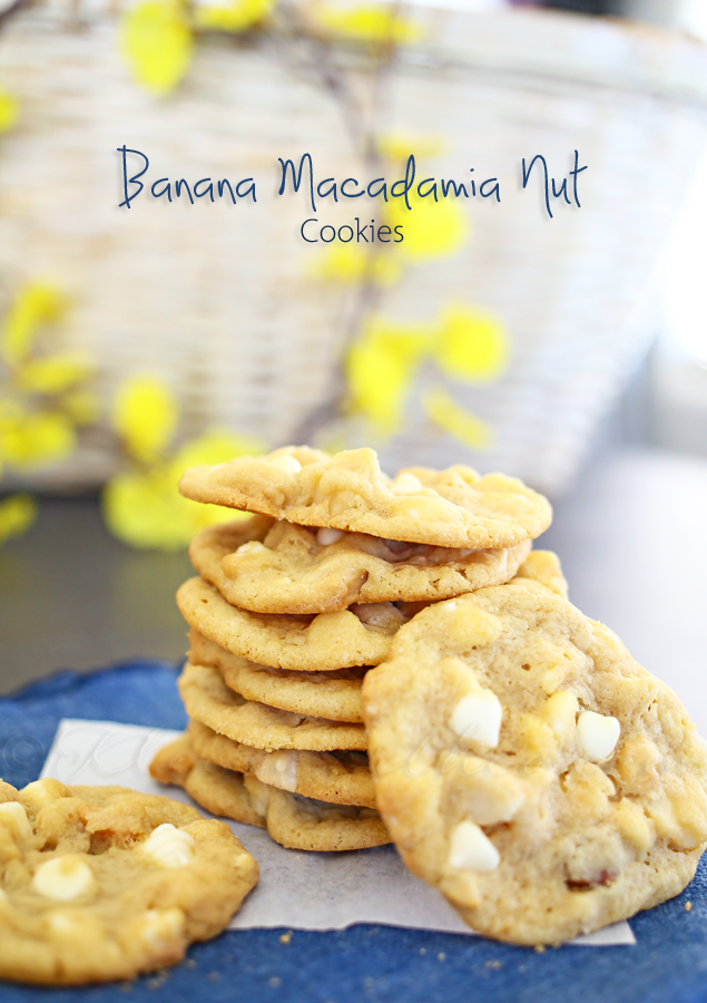 Banana Macadamia Nut Cookies