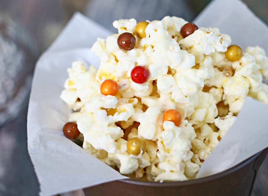 White Chocolate Fall Popcorn