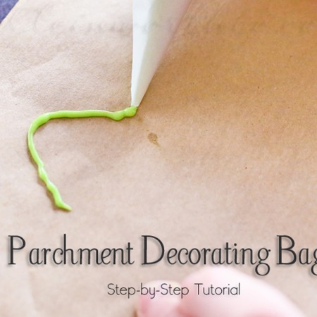 Parchment Decorating Bag {Tutorial}