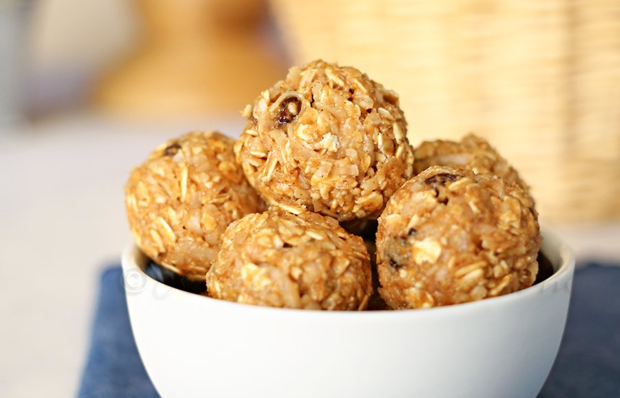Cinnamon Raisin Energy Bites