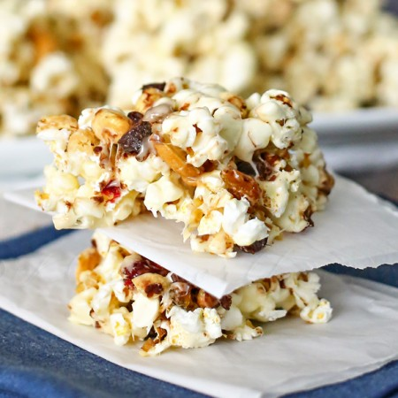 Marshmallow Popcorn Bars : Great for Family Movie Night