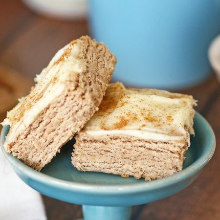 Cinnamon Roll Sugar Cookie Bars : Yummy Bar Recipes