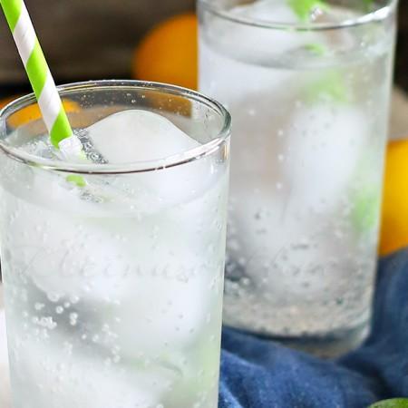 Coconut Lime Spritzer : Essential Oils Lime