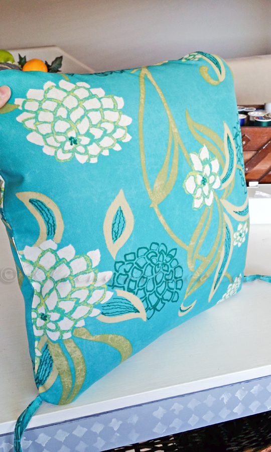 Outdoor Pillow Makeover