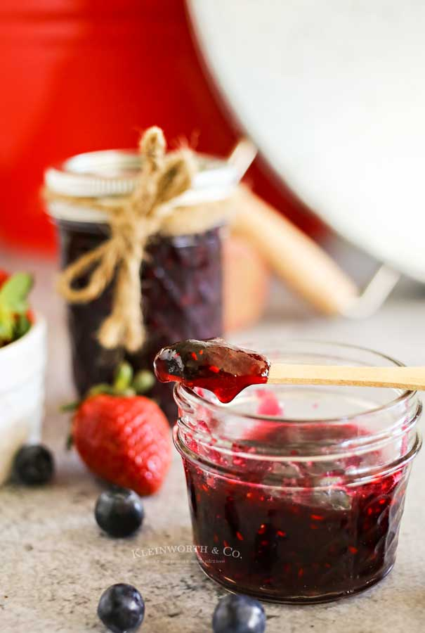 how to make Mixed Berry Quick Jam
