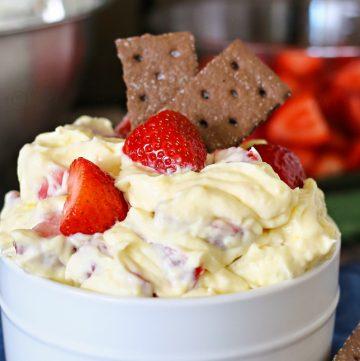 Strawberry & Banana Dessert Dip