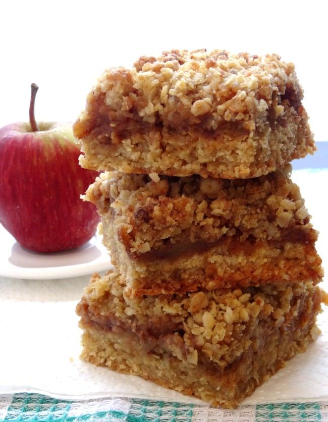 salted-caramel-apple-crumble-bars-recipe4