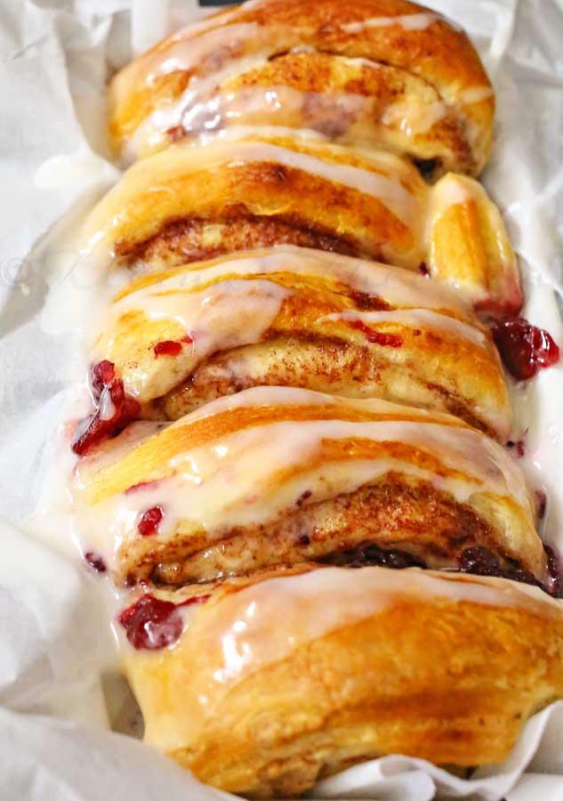 Cranberry Cinnamon Roll Loaf