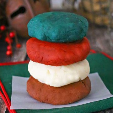 Homemade Holiday Playdough