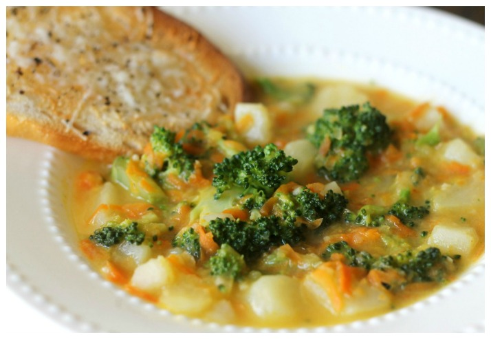 Cheesy-Vegetable-Chowder