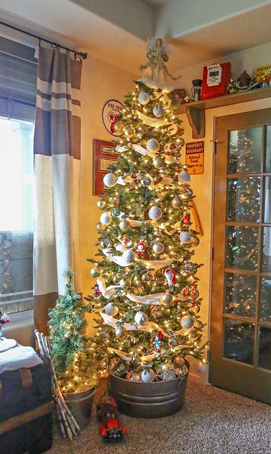 Annalee Christmas Home Tour