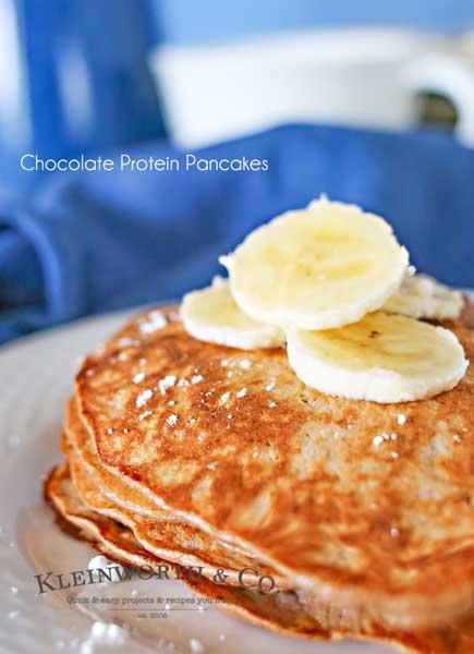 3 Ingredient Chocolate Protein Pancakes