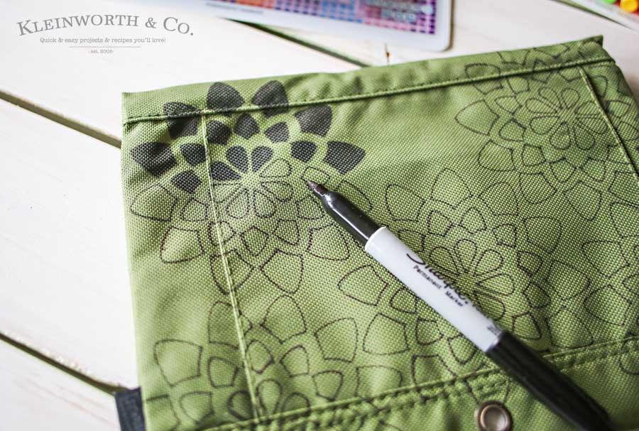 Stenciled Pen Pouch