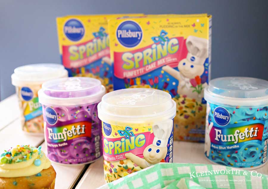 Have fun & get creative with this Easter with Funfetti® Easter Cupcakes. They are an adorable Easter dessert idea that's great for your celebration! Decorating cupcakes is so much more fun than decorating eggs. With vibrant colors & an abundance of sprinkles, we can really bring out the imagination too.