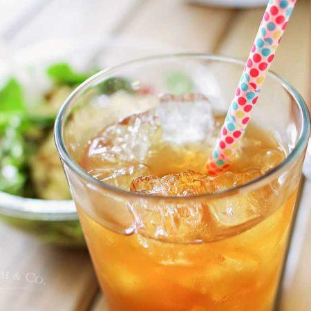 Vanilla Coconut Black Tea & elevĀte Organic Salads