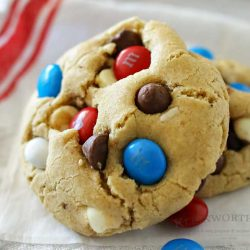 Looking for the best chocolate chip cookies? Look no further. These Patriotic Chocolate Chip Cookies are no-chill & one of the best cookie recipes ever!