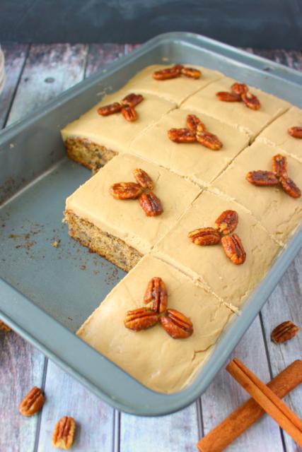 Banana-Pecan-Sheet-Cake-DelightfulEMade-vert4-683x1024