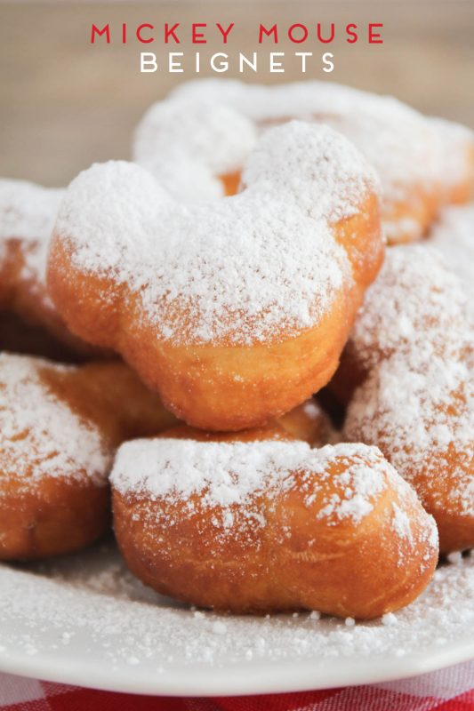 mickey_mouse_beignets
