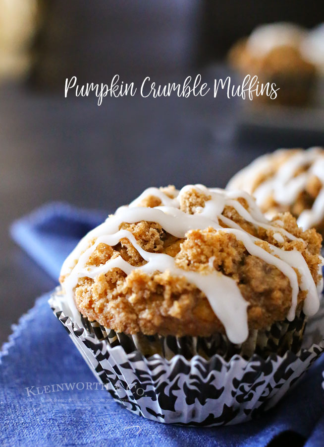 Dessert Recipes - This Pumpkin Crumble Muffin Recipe make the best pumpkin muffins you'll ever try. Beyond delicious and that crumble topping it's so good!