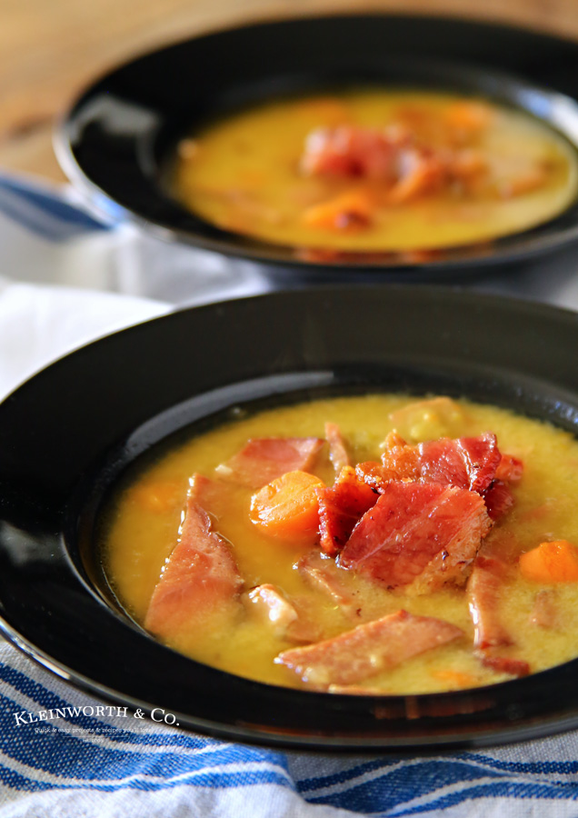 Slow Cooker Bacon Split Pea Soup