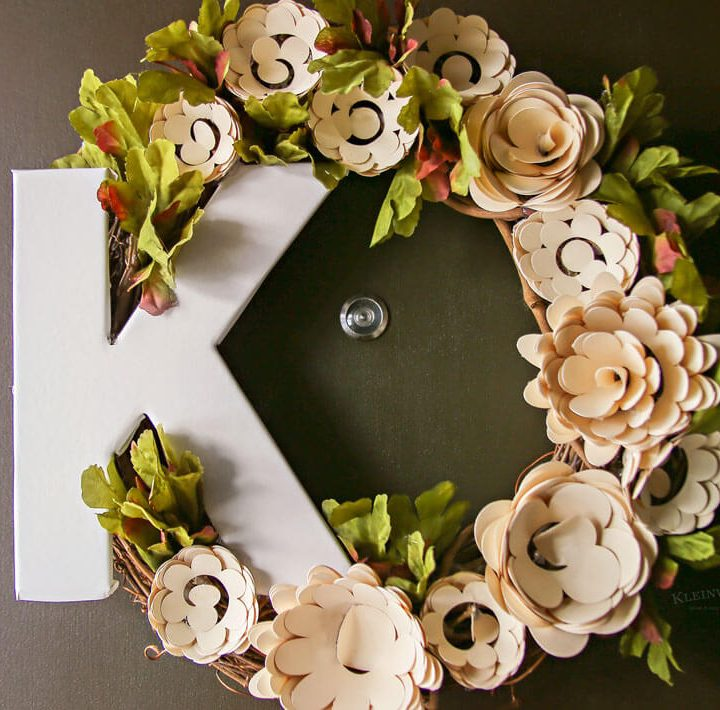 Paper Flower Wreath Cricut Tutorial