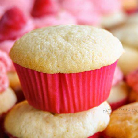 Best Bakery-Style Vanilla Cupcakes