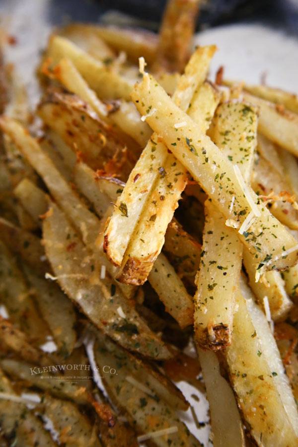 Garlic Parmesan Baked Steak Fries