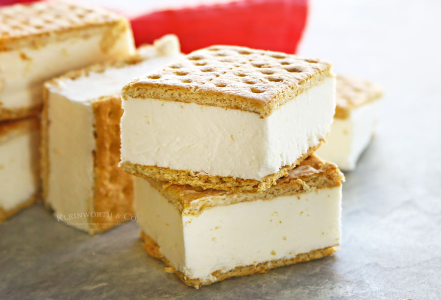 Easy Skinny Ice Cream Sandwiches