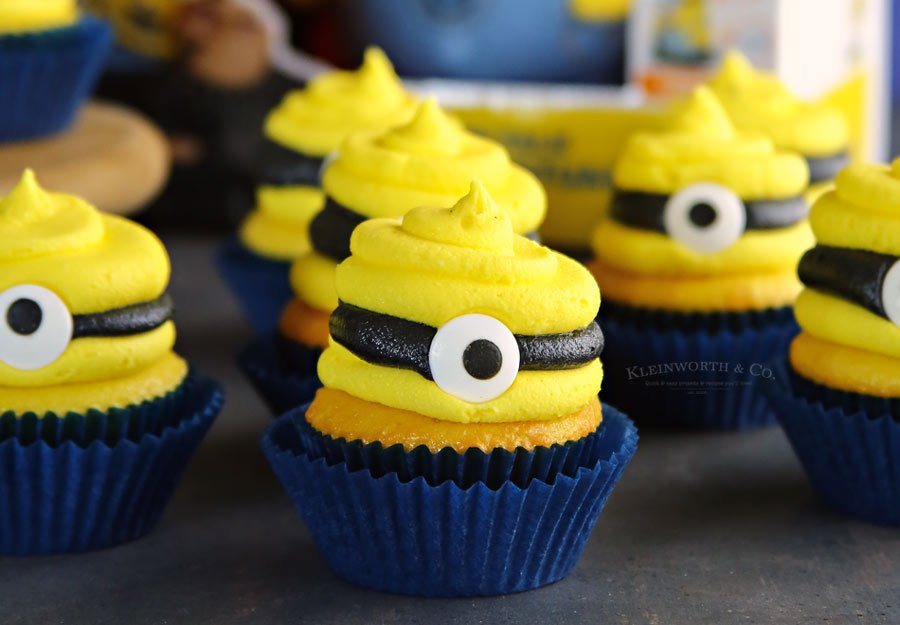 Despicable Me 3 Minion Cupcakes