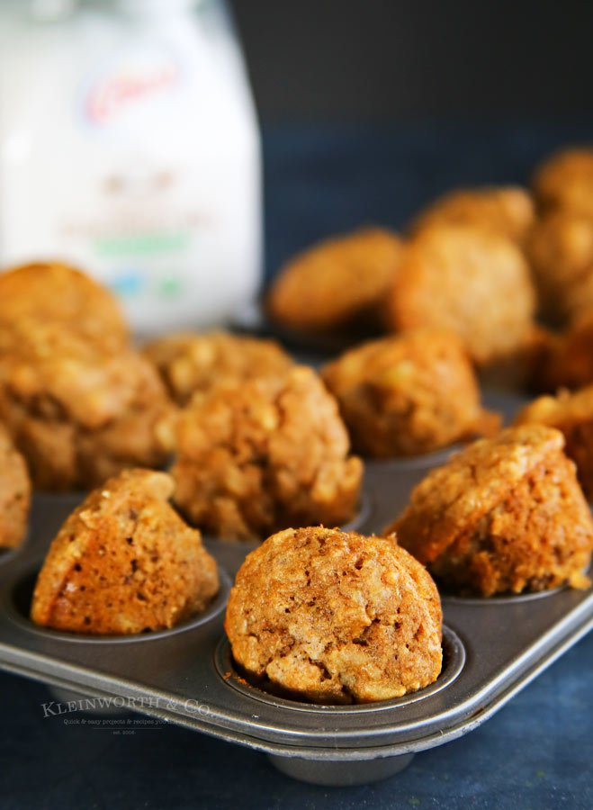 Banana Macadamia Nut Mini Muffins with coconut oil