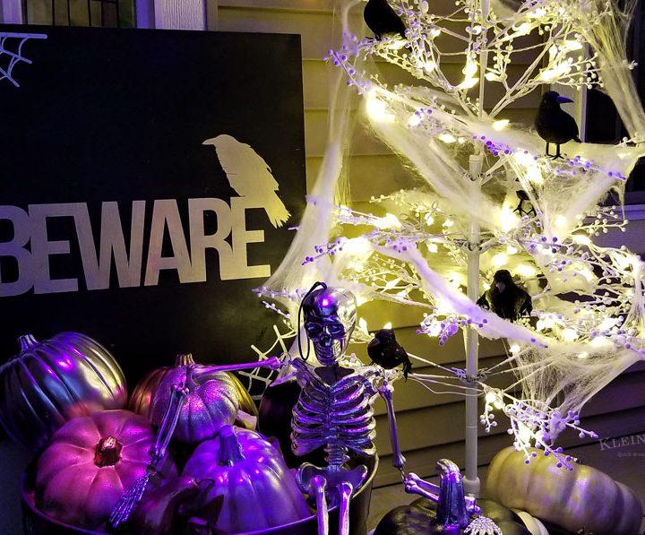 Beware Halloween Porch Sign tutorial