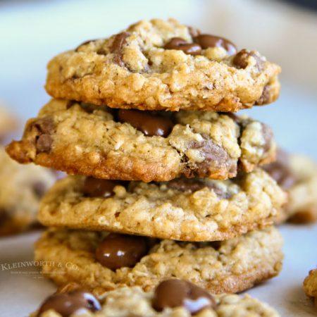 Chewy Raisinets Oatmeal Cookies