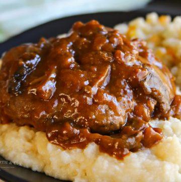 Easy Salisbury Steak Dinner