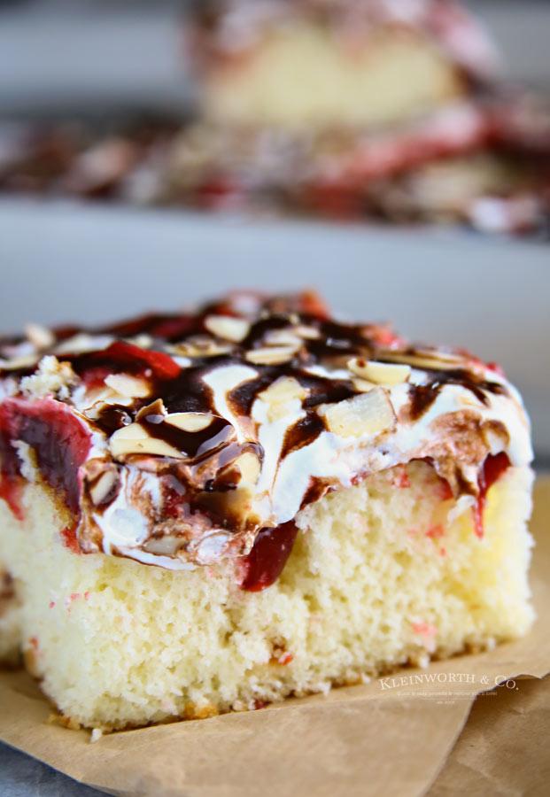 The best Raspberry Cream Poke Cake