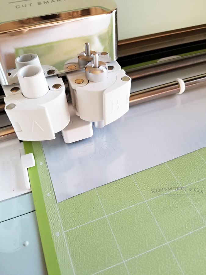 how to make iron-on transfer with Cricut