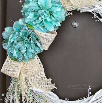 Mint & White Winter Wreath
